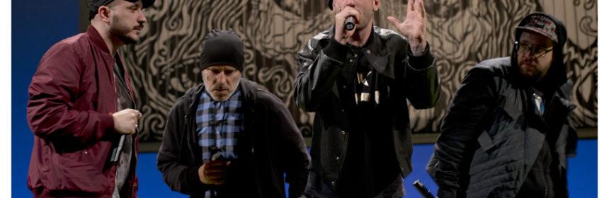 """Una scena di """"Mal'essere"""" di Davide Iodice tratto dall' """"Amleto"""" di W. Shakespeare - In foto da sx i rappers: Gianni De Lisa ('O Iank), Paolo Romano (Sha-One), Vincenzo Musto (Oyoshe), Giuseppe Sica (Peppe-Oh)"""