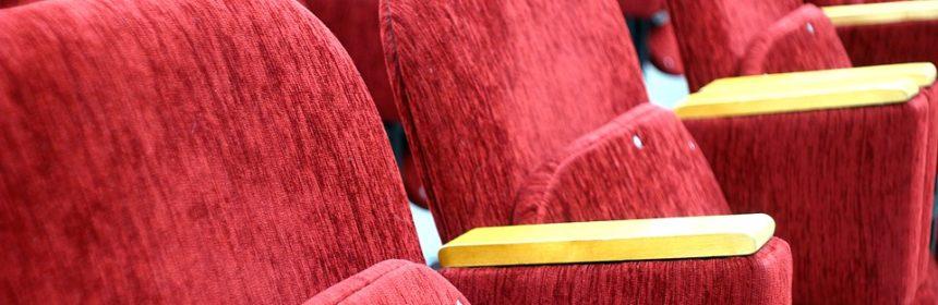 red-1556342_960_720-teatro